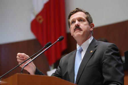 Panistas dicen que el PRI manipula elección de fiscal anticorrupción