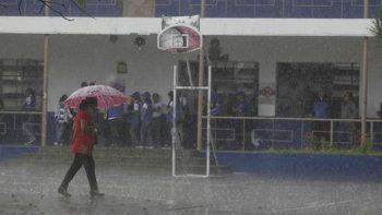 'Adrián' se debilita a depresión tropical