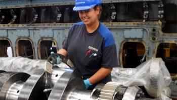 STPS: 14.7 millones de mujeres que trabajan en México son mamás