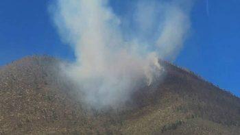 Continúan trabajos para sofocar incendio forestal en La Huasteca