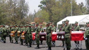 Despiden con honores a los 4 militares caídos en Puebla