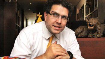 Llama Ríos Piter a la unidad a presidenciables independientes