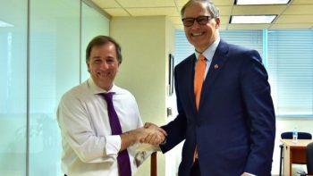 Meade recibe a gobernador de Washington