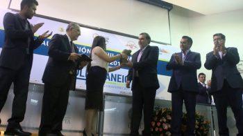 Exhorta El Bronco a jóvenes a apoyar el desarrollo del país