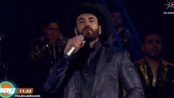 David Zepeda sufre al cantar con playback en 'Hoy'