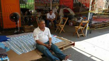 Enfermeras en huelga con delicado estado de salud en Chiapas
