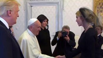 Melania e Ivanka usaron velo en el Vaticano y no en Arabia Saudí