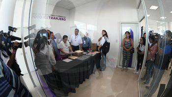 Instala IEC mesa de conteo de voto extranjero
