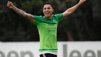 Carlos Salcedo es presentado con el Eintracht Frankfurt