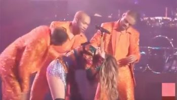 Jennifer Lopez sufre percance durante show en Las Vegas (VIDEO)