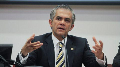 Mancera pide que candidato del Frente sea 'verdaderamente ciudadano'