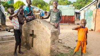 Sobrevivir en un cementerio, la realidad en Sudán del Sur