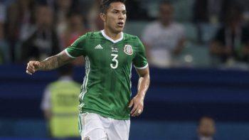 Carlos Salcedo no sale ni a la banca