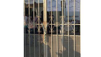 Casillas con candados impedían votación en Saltillo y Tepic