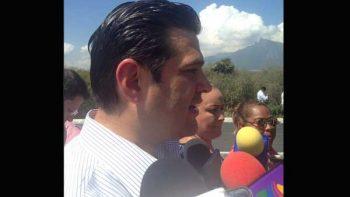 Apoya Cienfuegos cobro a placas foráneas; 'no es impuesto', asegura