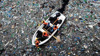Más de 100 millones de toneladas de basura flotan en isla del Pacífico