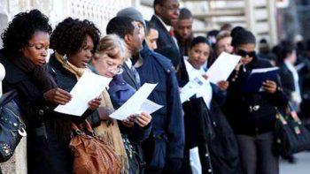 Anticipan una menor oferta de empleo en Estados Unidos
