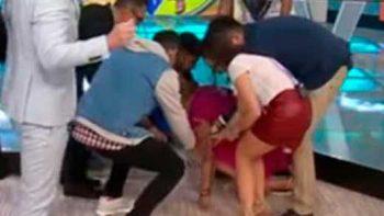 Ingrid Coronado tropieza y cae en `Venga la alegría´