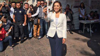 'Este es el día de los ciudadanos', dice Josefina tras votar