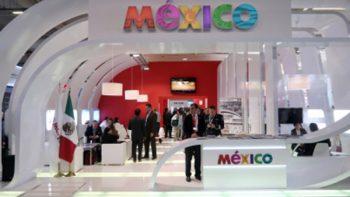 México participa con delegación 'récord' en feria aeroespacial mundial