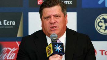 Miguel Herrera dice desconocer alguna oferta formal por Paolo Golts