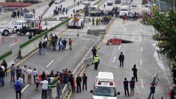 Continúa SFP indagatoria por socavón en Paso Exprés de Cuernavaca