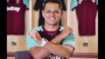West Ham United celebra llegada de 'El Chicharito'
