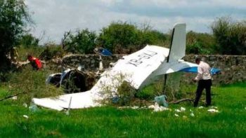 Se desploma avioneta con 6 personas en Culiacán