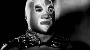Máscara de El Santo aún tiene secretos