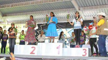 Joven rarámuri gana Ultramaratón de los Cañones en Chihuahua
