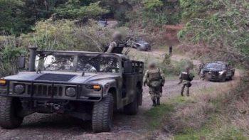 Militares y policías se enfrentan a grupo armado en Michoacán