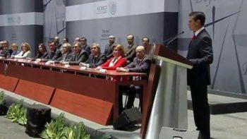 Peña pide a abogados compromiso con nuevo sistema de justicia
