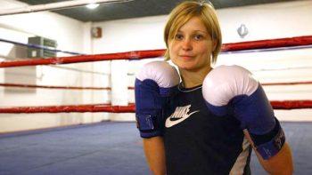 Muere campeona del mundo de boxeo a los 26 años
