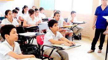 Comienzan ciclo escolar más de 25 millones de estudiantes este lunes