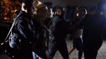 Intentan linchar a presuntos ladrones de aguacates en Morelos