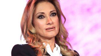 Adela Micha negocia con TV Azteca