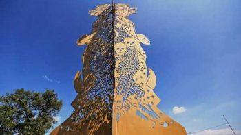 Estatua de la Virgen de Guadalupe causa polémica en Guadalajara