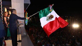 Disfrutan cerca de 10 mil nicolaítas el 'Viva México'