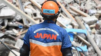 Brigadistas japoneses se despiden con un 'Fuerza México'