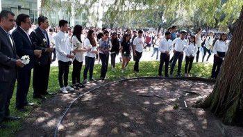 Honra Tec a estudiantes fallecidos por sismo