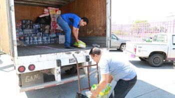 Sale segundo cargamento de alimentos a Oaxaca