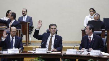 'Chocan' partidos en INE por proceso 2018