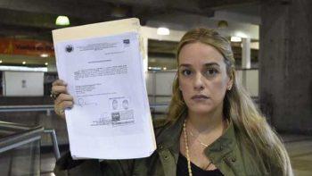 Impiden a Lilian Tintori salir de Venezuela