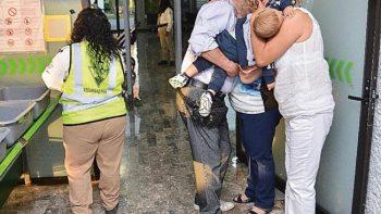 Abandonan a dos bebés en carretera de Guerrero