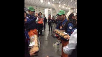 Pan de muerto, souvenir que se llevaron los rescatistas japoneses