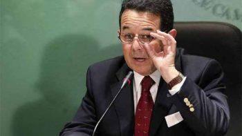 Revela 'El País' que el embajador Arroyo ocultó recursos en Andorra