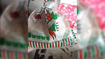 Niña dona 5 pesos de arroz para los damnificados y se queda sin torta