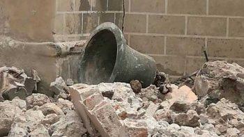 Captan en video sismo y destrucción dentro de iglesia en Morelos