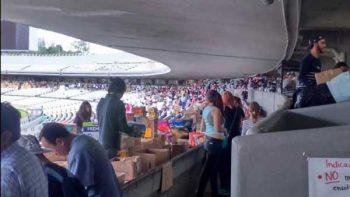 Interior de estadio Olímpico sirve para resguardar víveres