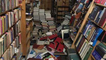 Librería dañada por sismo en la Roma ofrece descuentos